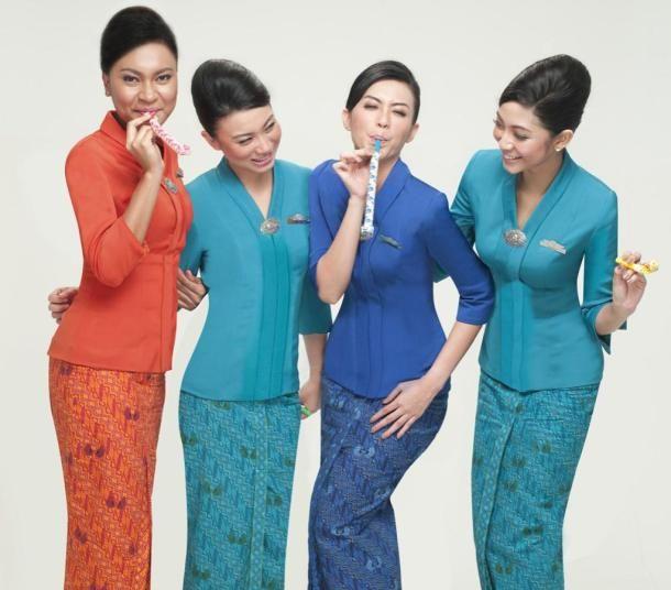 Baju Pramugari Garuda Indonesia