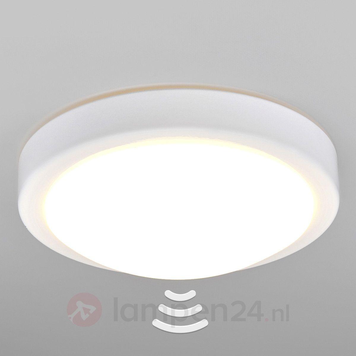 Badkamer-LED-plafondlamp Aras met sensor, wit | Badkamer | Pinterest ...
