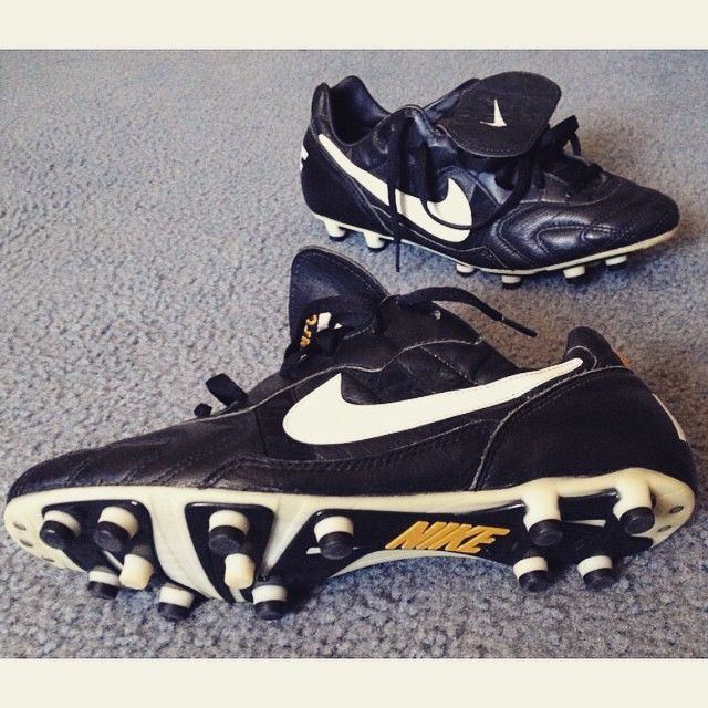 best sneakers a3e5d 60f2f Nike Classic - Tiempo Premier Boots With Heritage Pinterest Football boots,  Soccer . ...