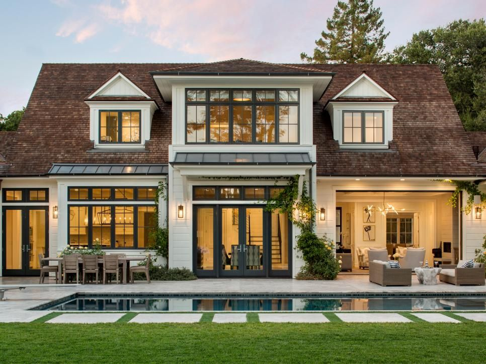 Modern California Farmhouse With Timeless Appeal