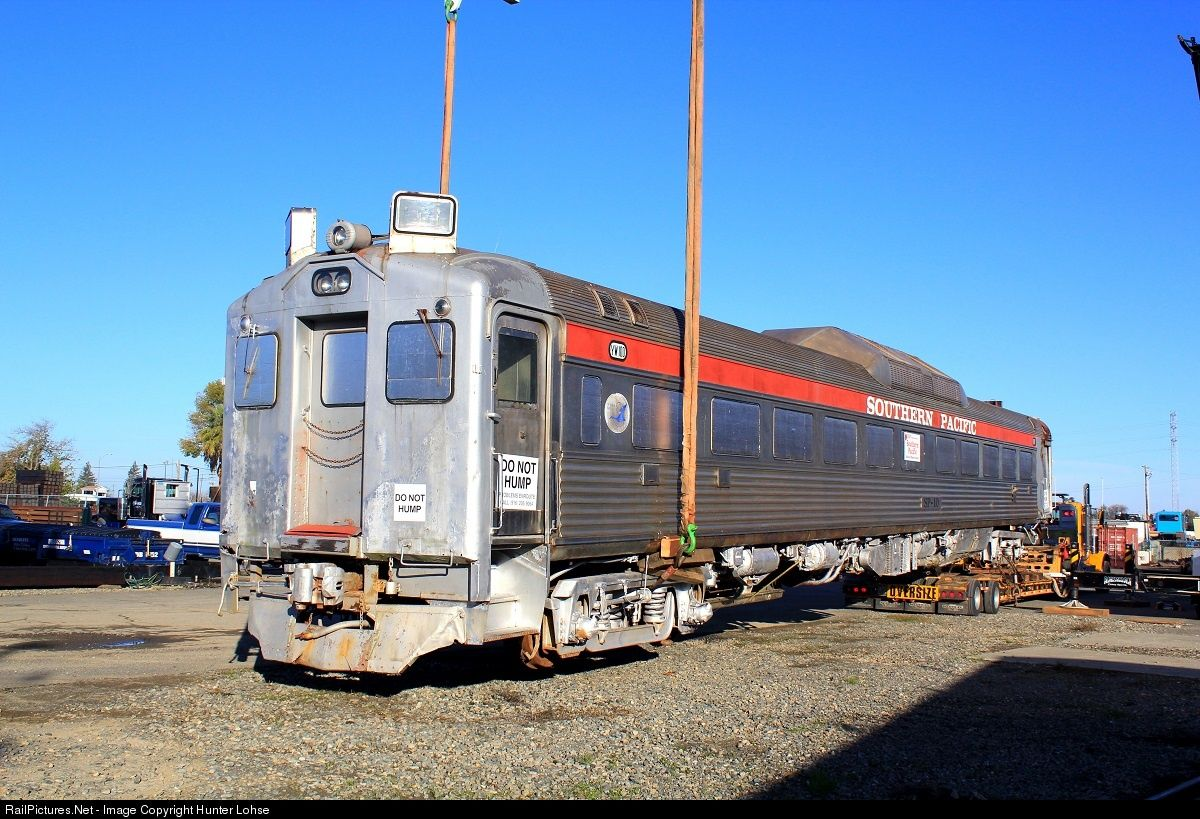 RailPictures.Net Photo: SP 10 Southern Pacific Railroad Budd RDC at Woodland, California by Hunter Lohse
