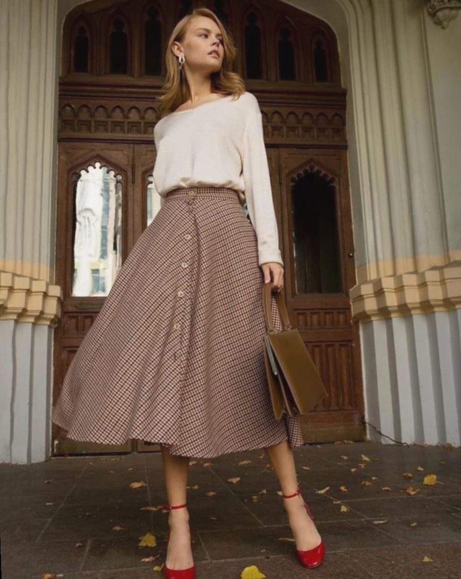 16 Dress Vintage Classy Midi Skirts 16 Dress Vintage Classy Midi Skirts Classy Dress Eggrecipes Fasi In 2020 Classy Midi Skirt Classy Dress Vintage Dresses