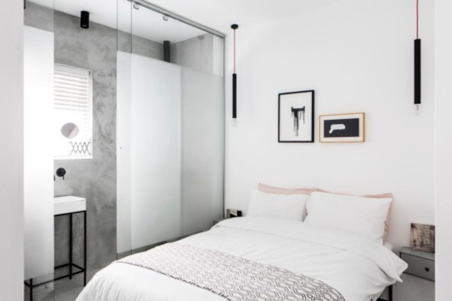 nice 37 Minimalist Small Bedroom with Monochromatic