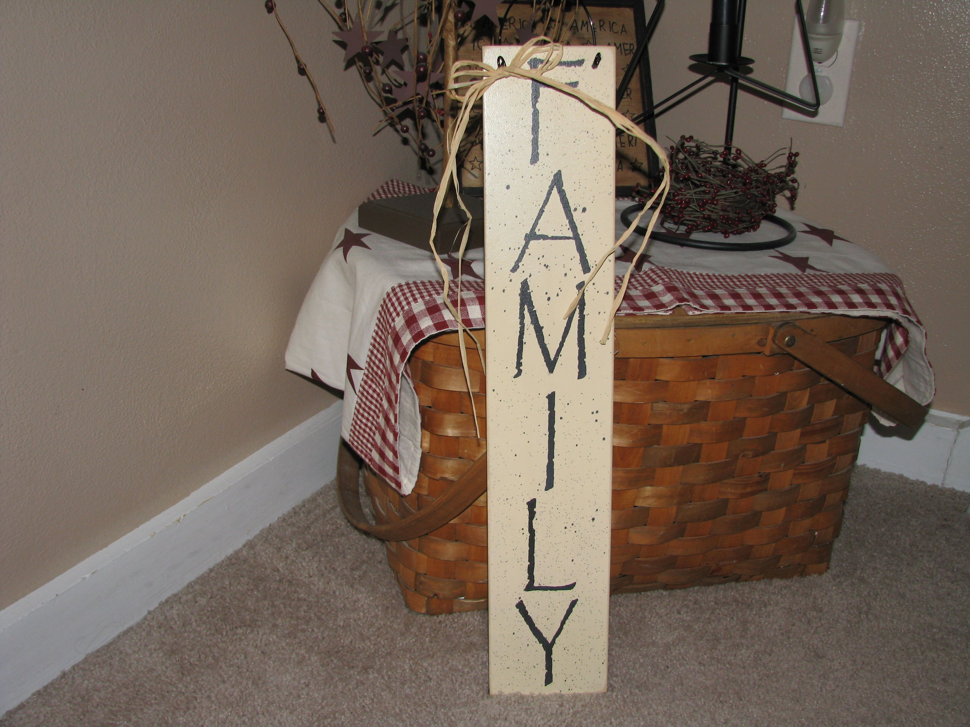Vertical Family Sign Diy Wall Art Primitive Decorating Wall Decor