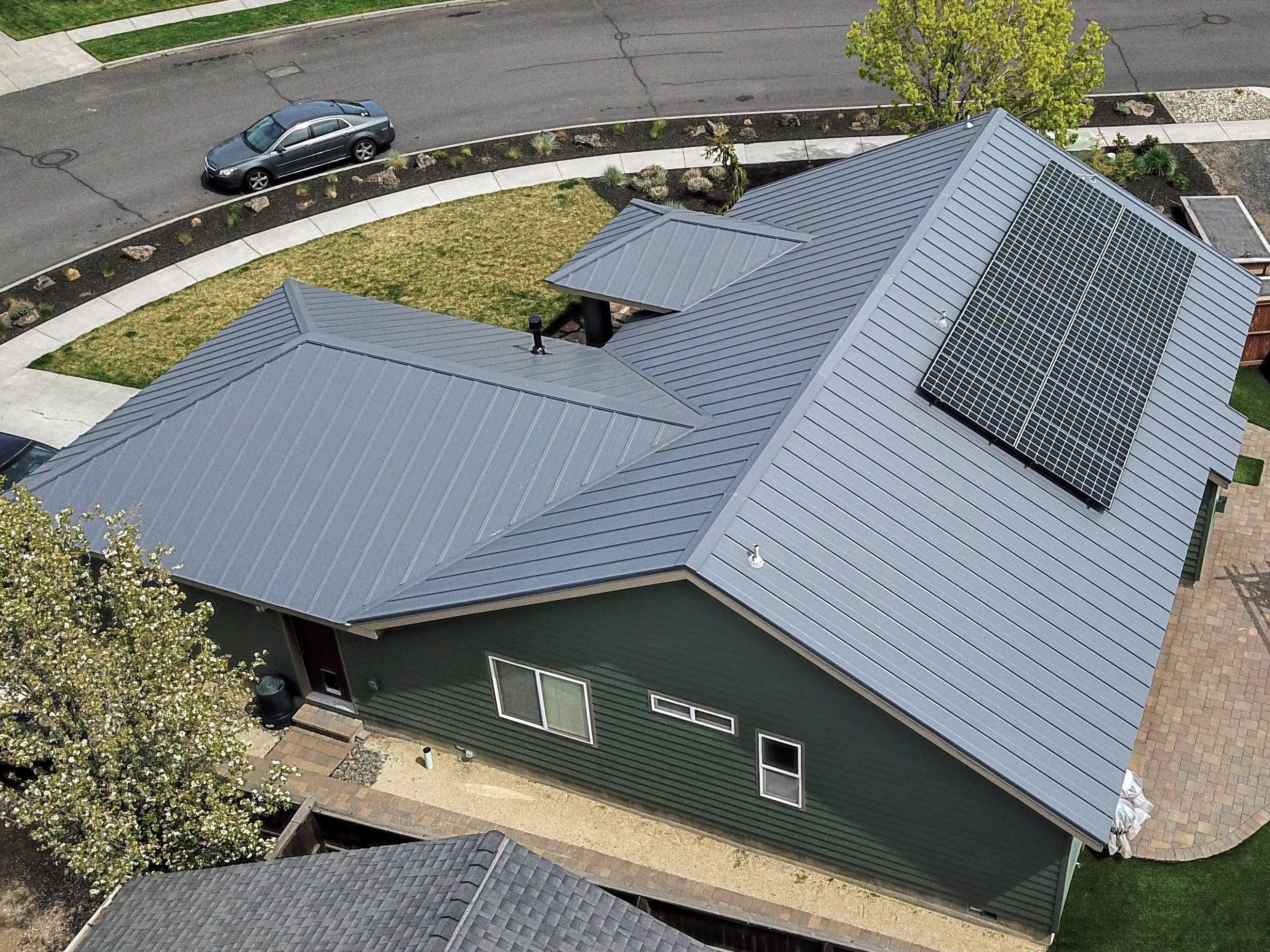 Pin By Deschutes Roofing On Www Deschutesroofing Com Roofing Contractors Roofing Commercial Roofing