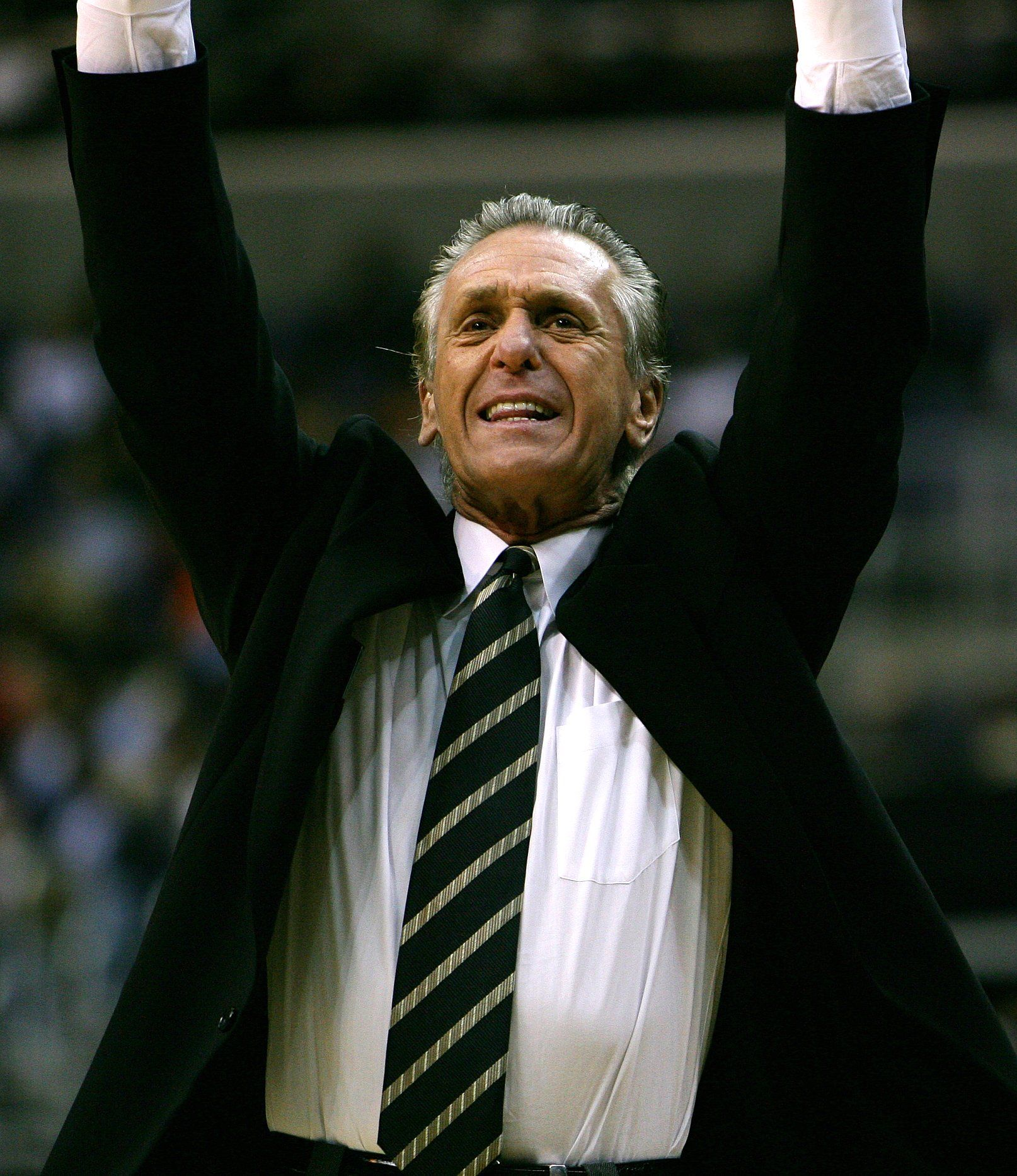 NBA Rumors: Pat Riley, Miami Heat Preparing For Kevin Durant Free Agency - http://www.morningnewsusa.com/nba-rumors-pat-riley-miami-heat-preparing-kevin-durant-free-agency-2365347.html
