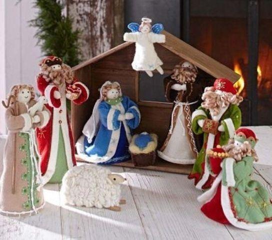 Pottery Barn Kids Felt Nativity Set With Stable Christmas