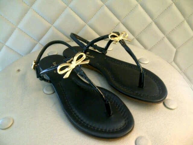 #katespade #sandal #bow #black #ready #cheermeupdeboutique Ks kassie sandal black sz 6