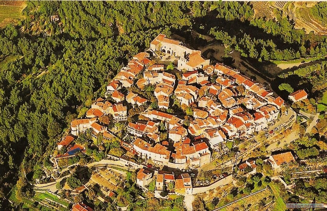 Le Castellet beautiful fortified village in the hills of