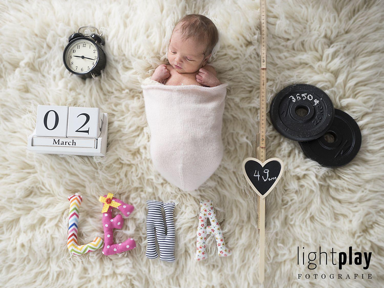Willkommen Auf Der Welt Kleine Lena Baby Fotoshooting Mit Accessoires Zu Den Geburtsdaten Im