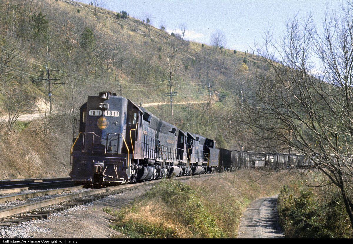 RailPictures.Net Photo: NW 1811 Norfolk & Western EMD SD45 at Boody, Virginia by Ron Flanary