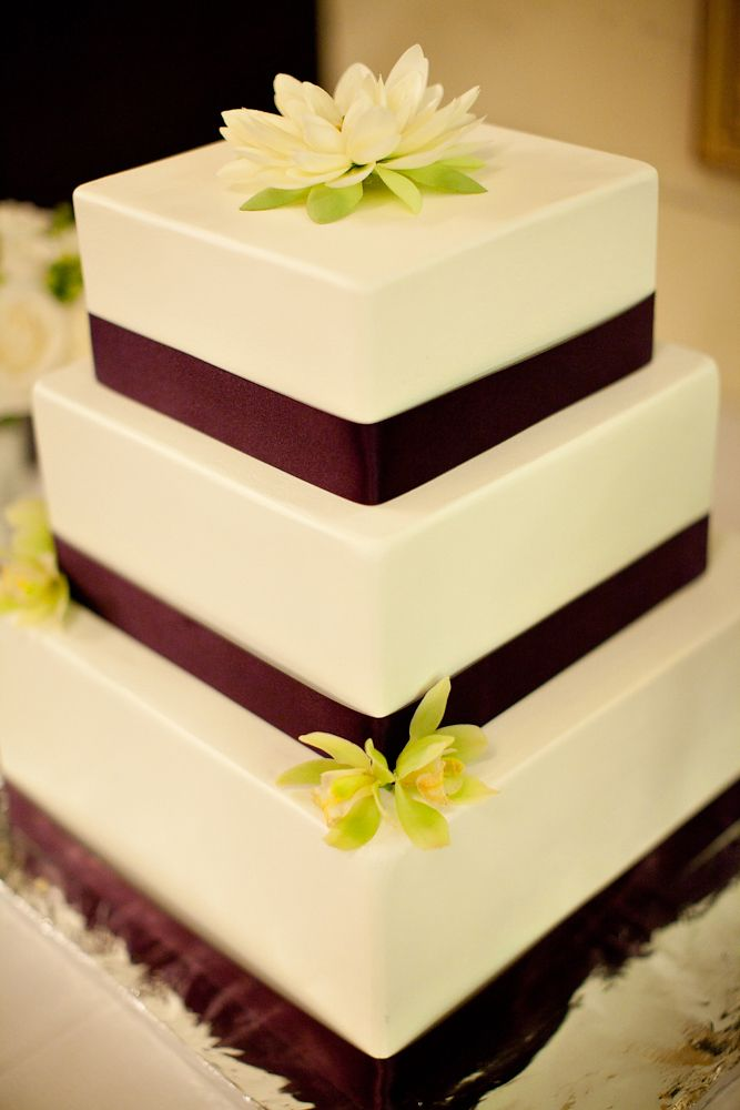 Costco Wedding Cakes, flowers, rings, invitations, link to costco ...
