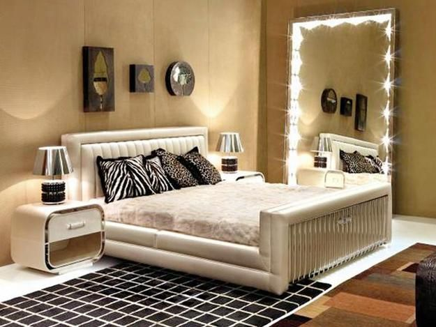 Wall Mirrors And 33 Modern Bedroom Decorating Ideas Contemporary