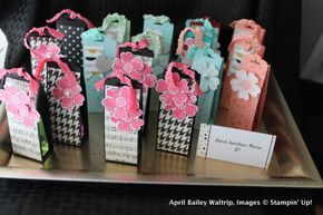 12 Days of Back to School Crafts: Hand Sanitizer Purse -   18 school crafts show
