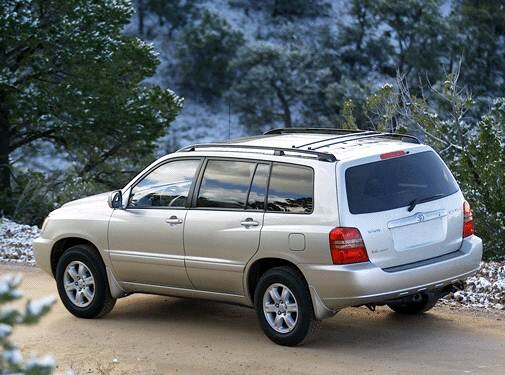Used 2002 Toyota Highlander Sport Utility 4d Prices Kelley Blue Book There Is A Great Looking 2002 Toy High Though I Toyota Highlander Best Car Deals Toyota