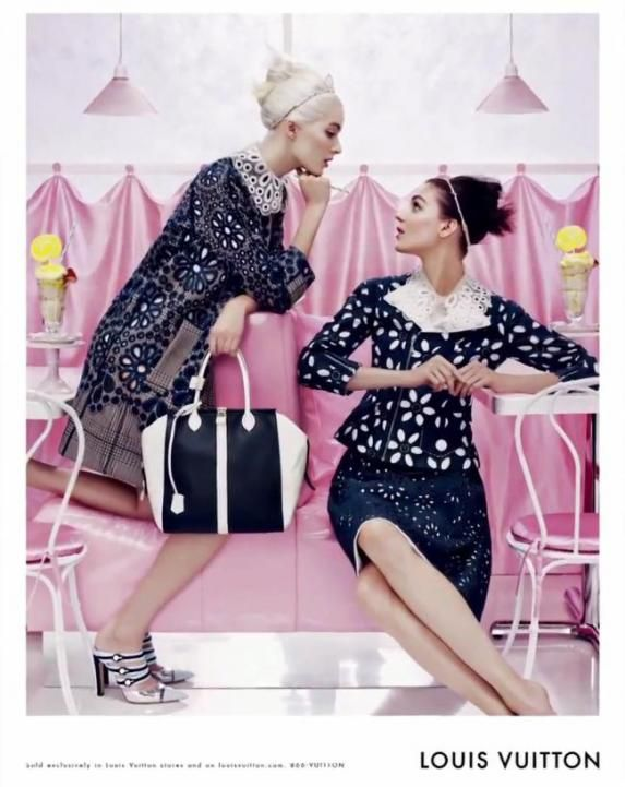 Louis Vuitton Advertising Campaign for Spring / Summer 2012 black and white