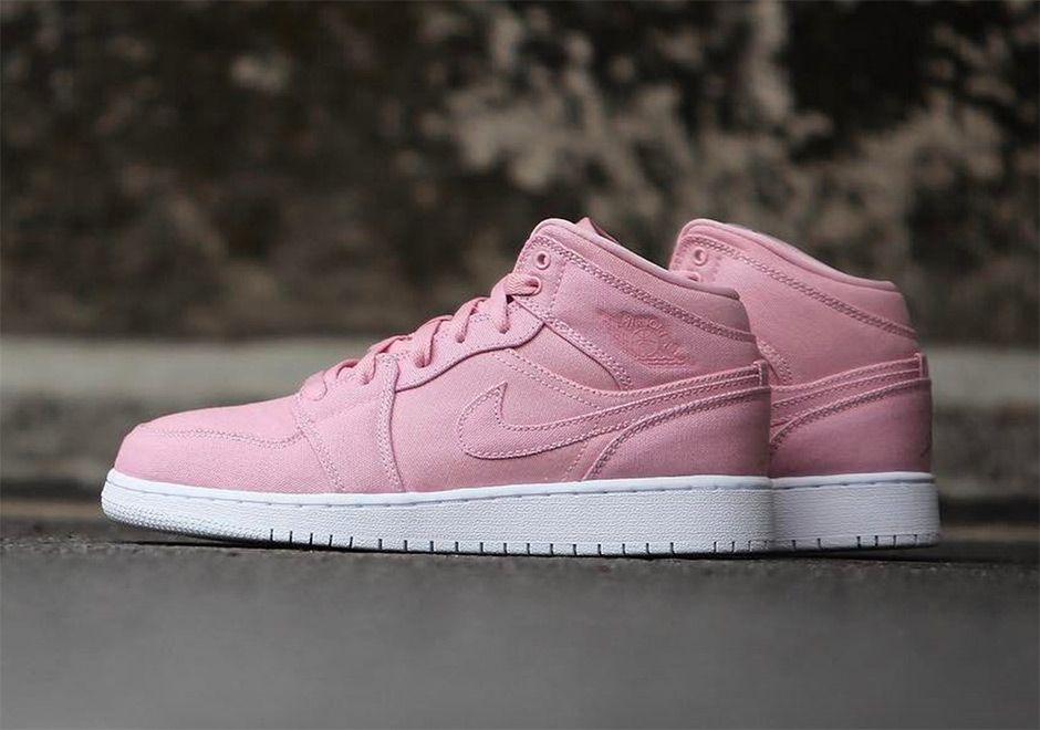 Air Jordan 1 Mid Girls Easter Pink