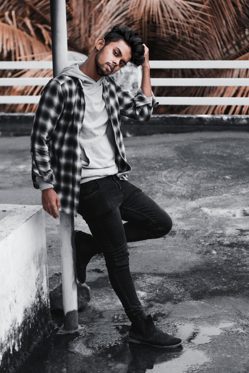 Hoodie Flannel Outfit Ideas For Winter Grey Hoodie Men Young Mens Fashion Hoodie Flannel Outfit [ 1500 x 1000 Pixel ]