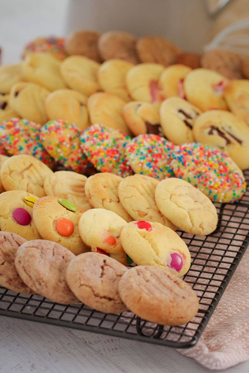 The Famous 100 Cookie Recipe 100 Cookies Recipe Condensed Milk Cookies Biscuit Recipe