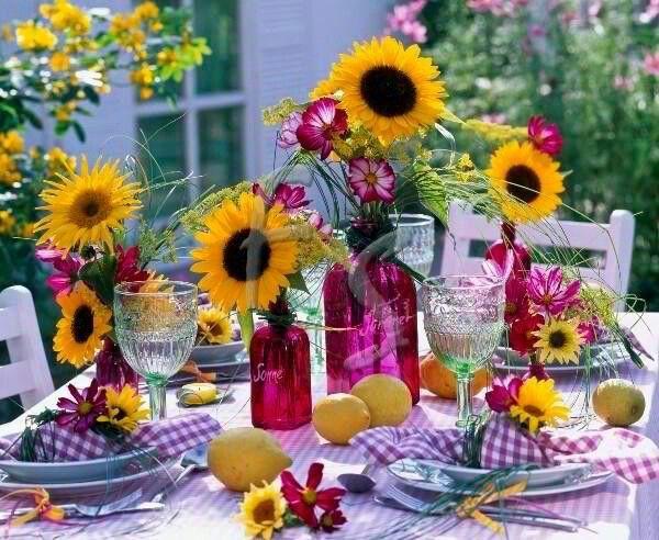 Fun summer table