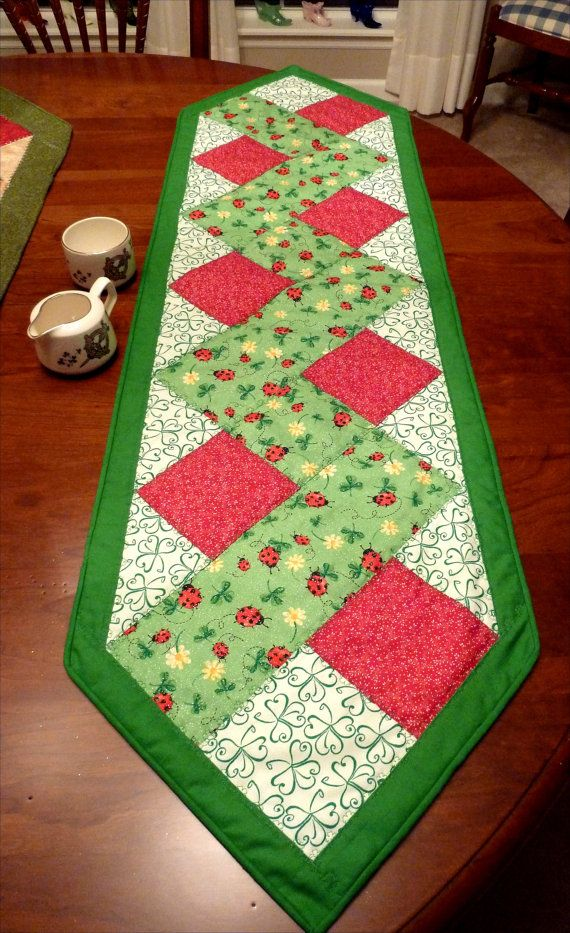 St Patrick S Day Spring Table Runner Table Runner Pattern Spring Table Runner Quilted Table Runners