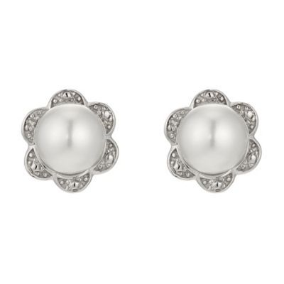 Silver Diamond Pearl Flower Stud Earrings H Samuel The Jeweller Simple Fl Jewellery Is A Clic Choice For Weddings
