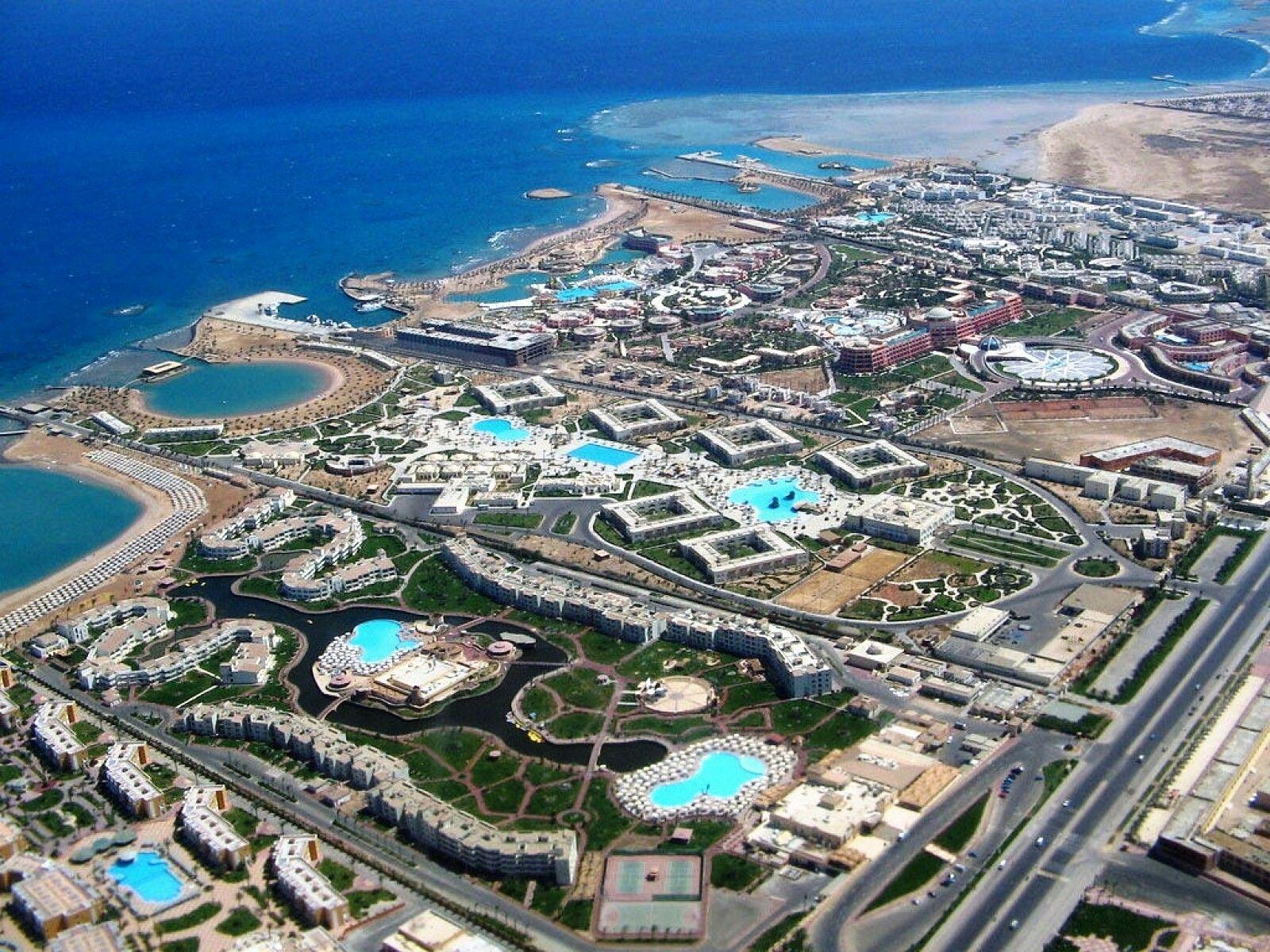Pin By Monika Palushi On Places To Visit Hurghada Hurghada Egypt Egypt Tours