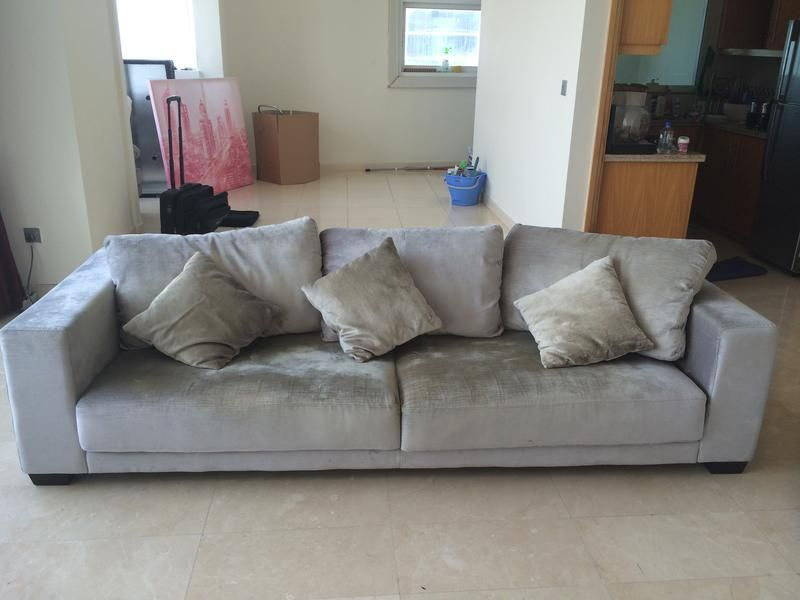 Dubizzle Dubai Sofas Futons Lounges Sofa From The One 4 Seater And 1single Chair Sofa Furniture Home Decor