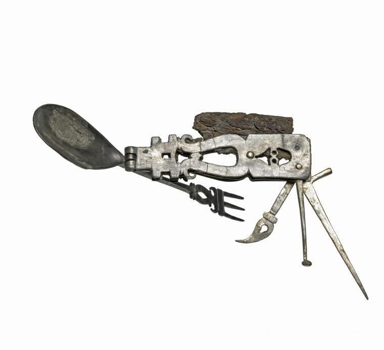 Romans Invented Swiss Army Knife 2 000 Years Ago A 2 000 Year Old Tool That Has Gone On Display In A Cambridge Mus Ancient Rome Swiss Army Knife Fitzwilliam