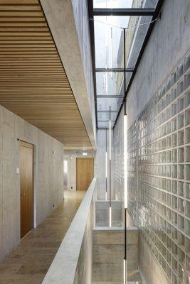 Project: Neubau Geschäfts- und Wohnhaus Glennerstrasse Raiffeisenbank Surselva | Architekten D. Jüngling und A. Hagmann, Chur/Schweiz