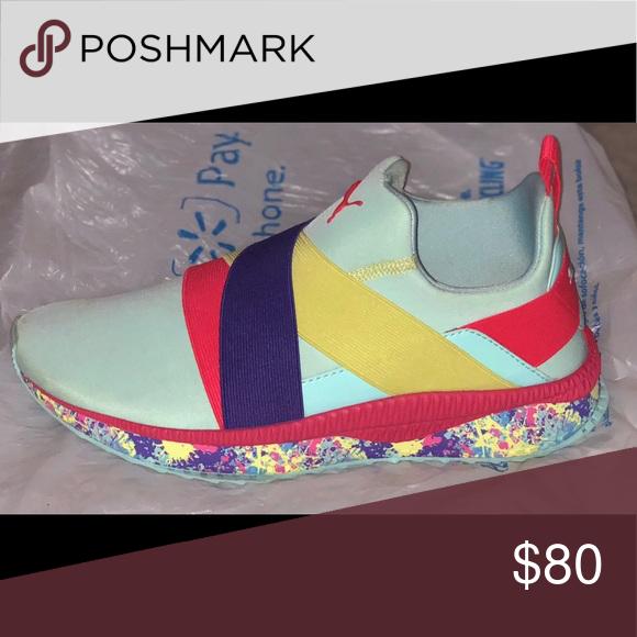 0aeae154e5d TSUGI Zephyr Jr Pollock Island Paradise Plasma    Gently Used    Puma Shoes  Athletic Shoes