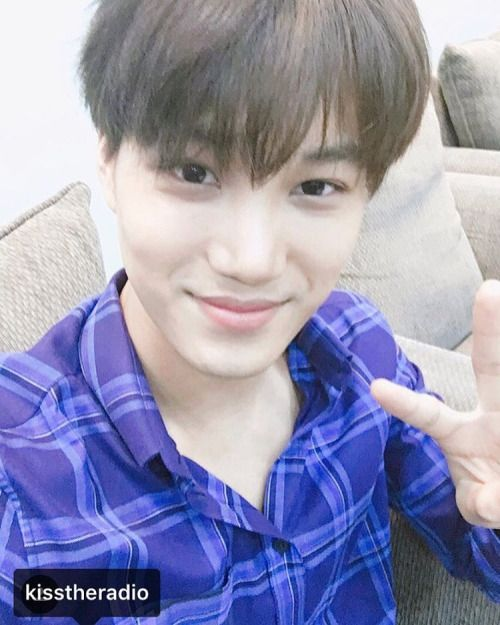 Kai - 160704 KBS-R Cool FM Super Junior's Kiss The Radio Instagram update Credit: KBS. (KBS 쿨FM 슈퍼주니어의 키스더 라디오)