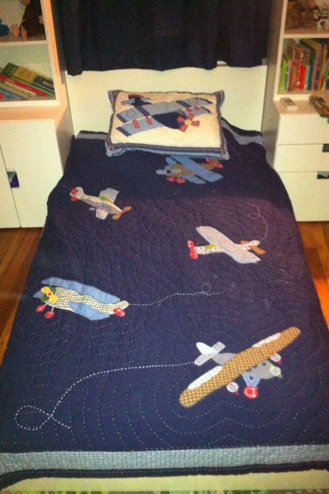 Pbk Airplane Quilt Alden S Room Pinterest Quilt