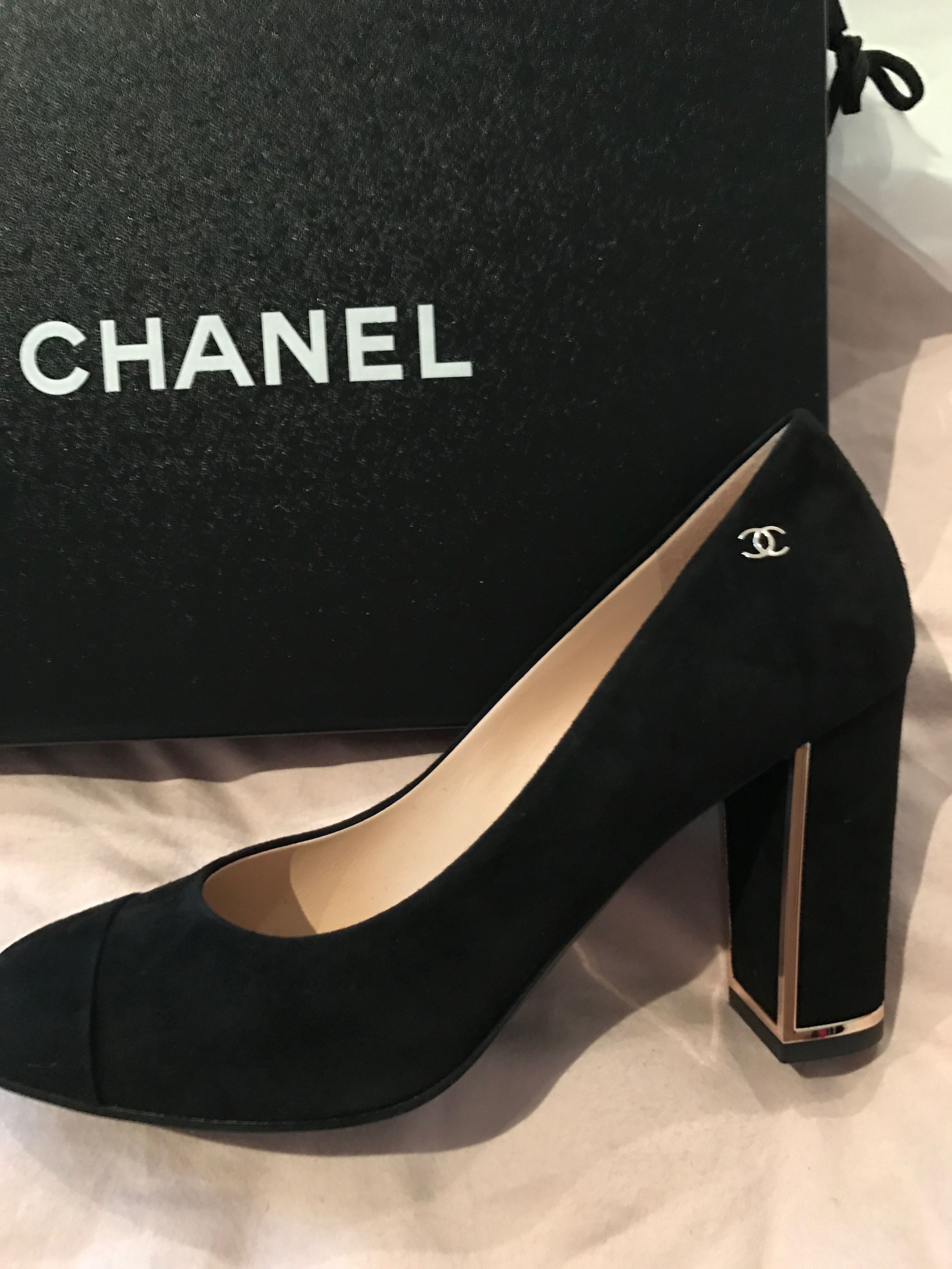 579f4c58df6 Chanel 2016 Black Block Heels Pumps Gold Piping