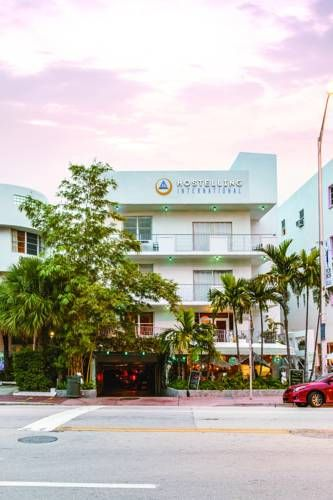 Art Deco District And 2 Minutes Walk From The Beach This Colorful Boutique Hi Miami Hostel Features Complimentary Breakfast Daily Free Wifi