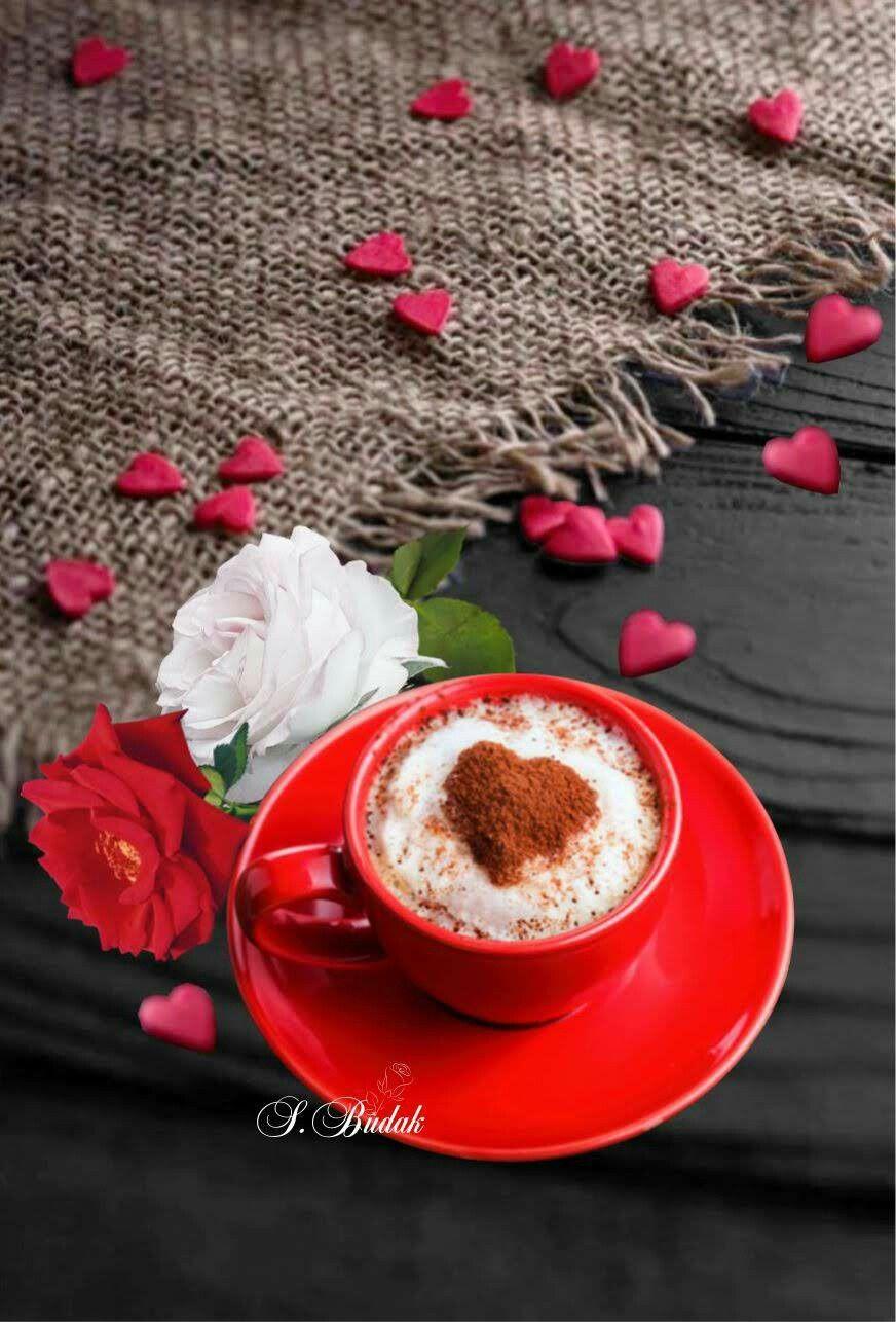 утреннее солнце и чашка кофе