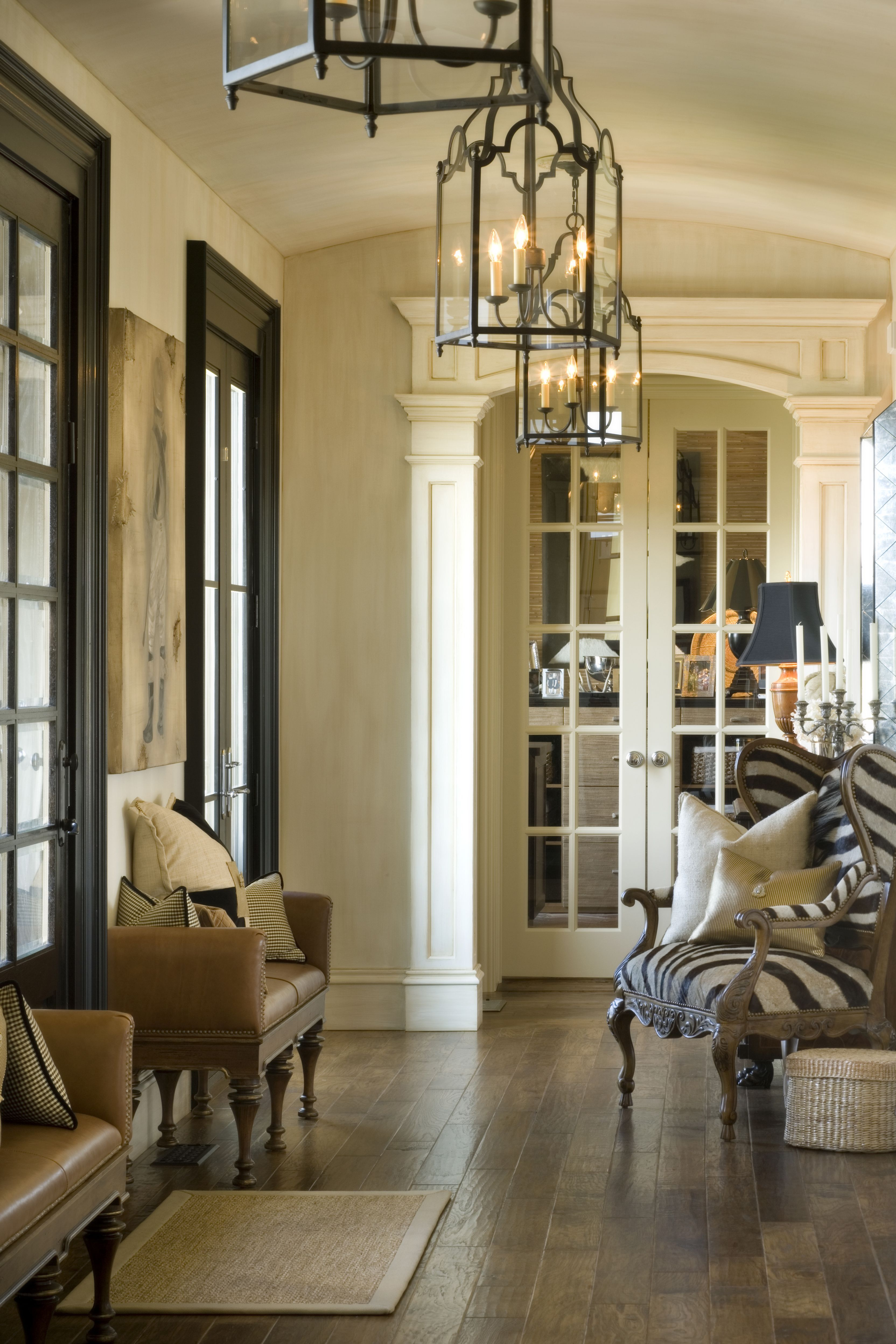 Just look at that zebra chair! Check out her site....my total dream home...love every single room!