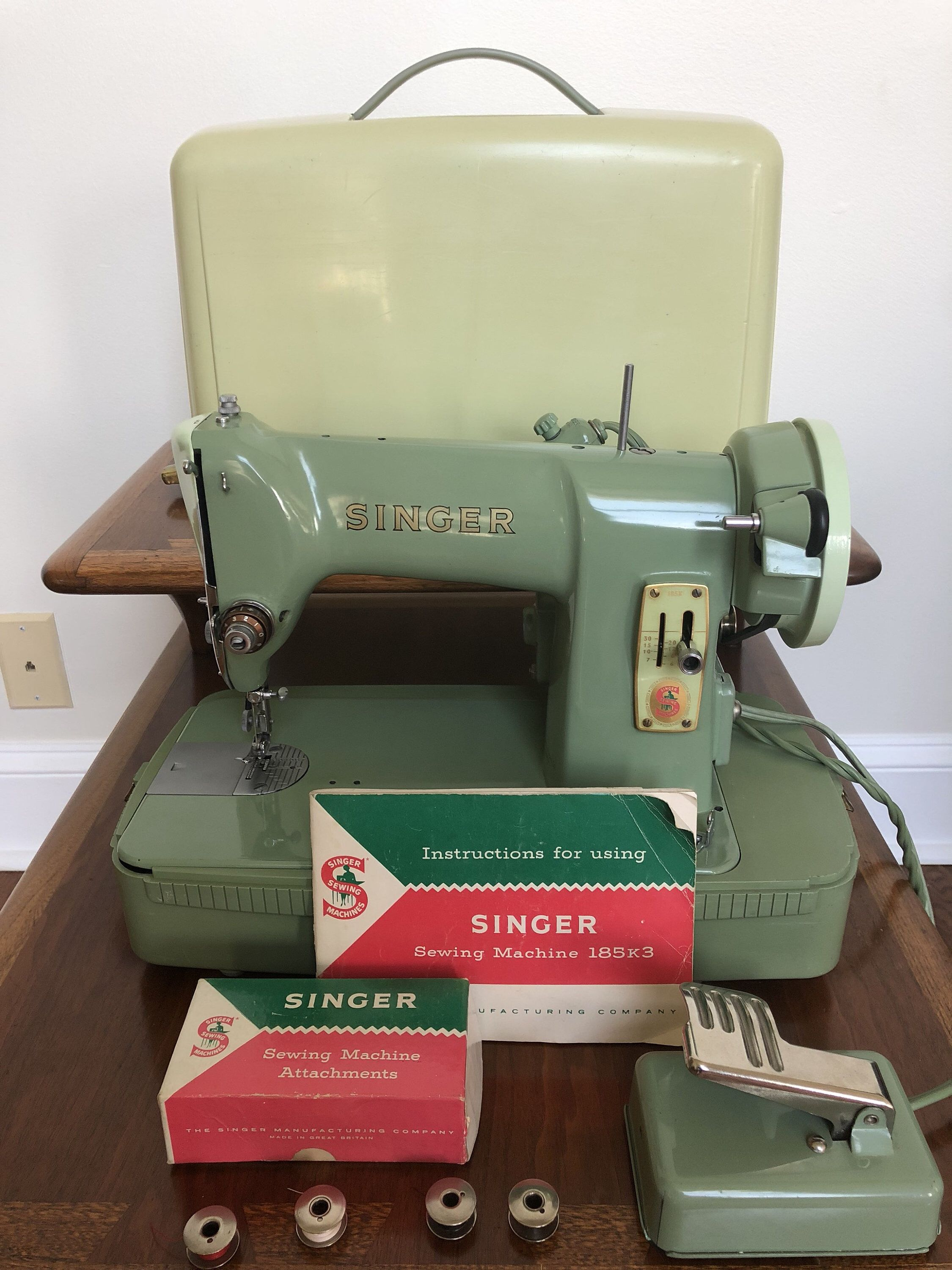 What Singer Sewing Machine Should I Buy