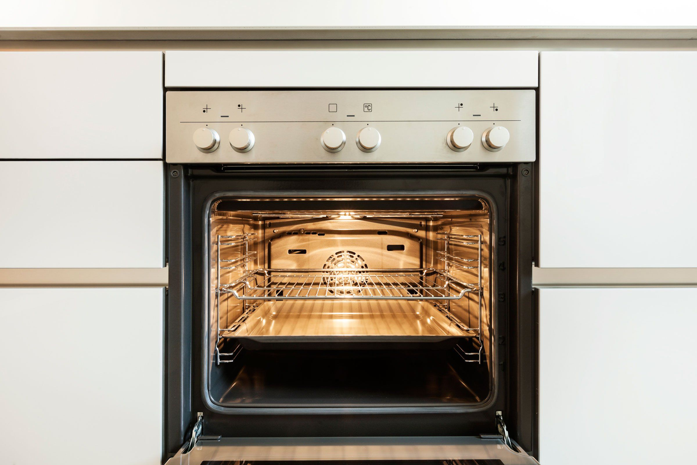 9 Things To Know Before You Self Clean Your Oven Self Cleaning