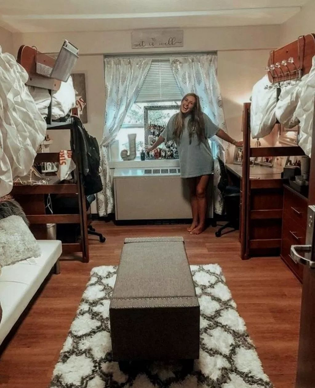 44 Efficient Dorm Room Organization Ideas
