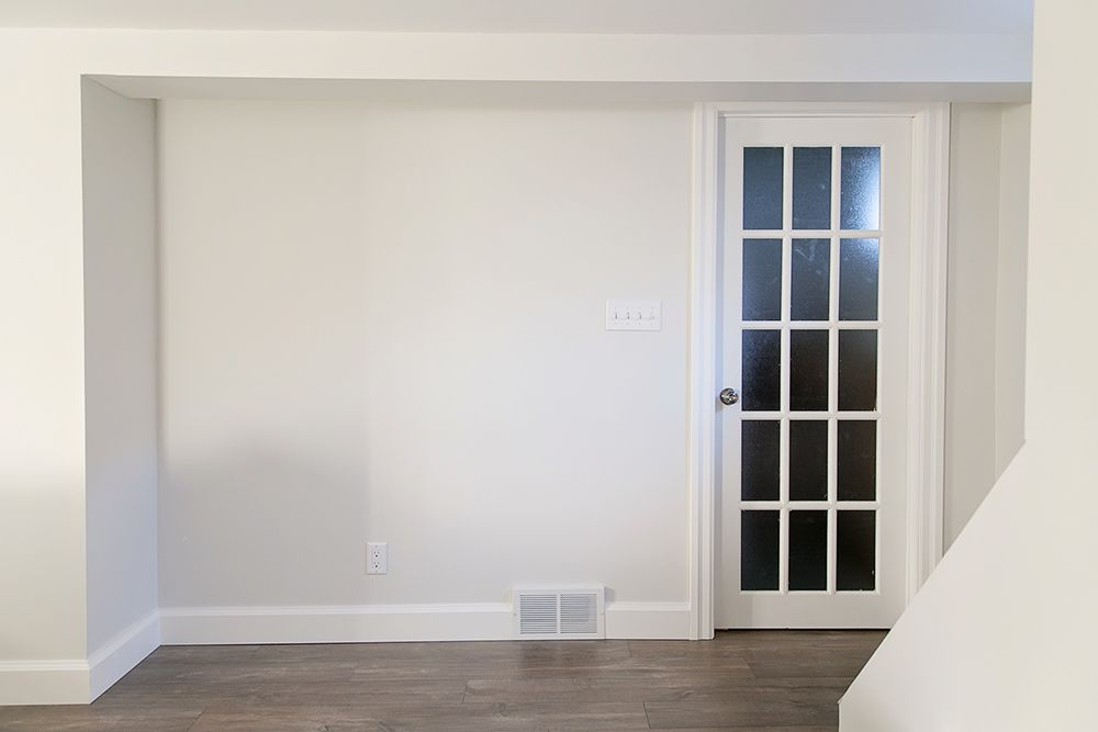 Wall color silver satin benjamin moore for the home - Satin paint on walls ...
