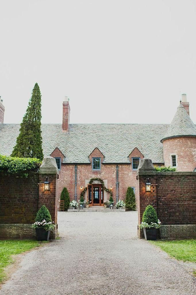 Wedding Venues What You Should Know About Booking a