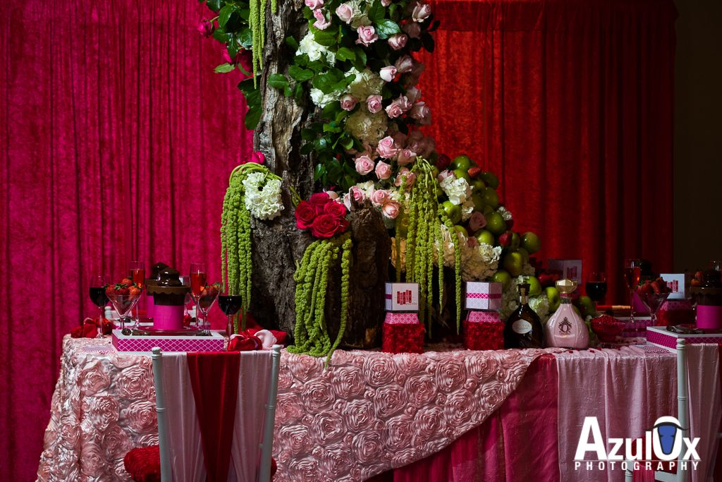 Roses Apples And Chocolate Table Theme For A Wedding Floral By