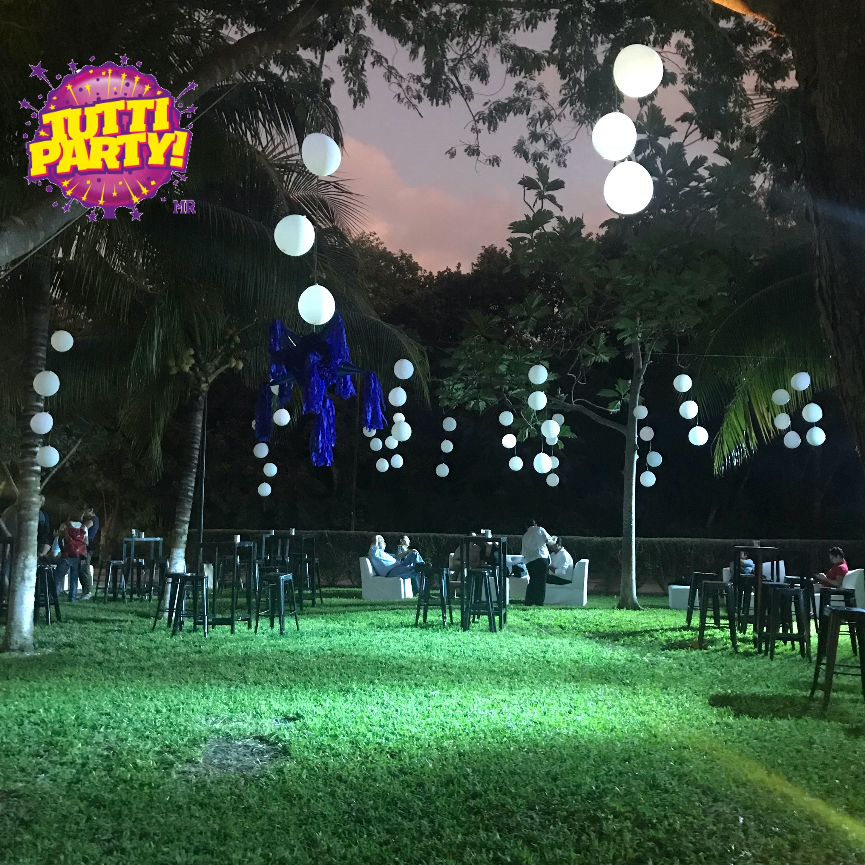 Outdoor Party decorations, garden Party ideas, balloons Party ...
