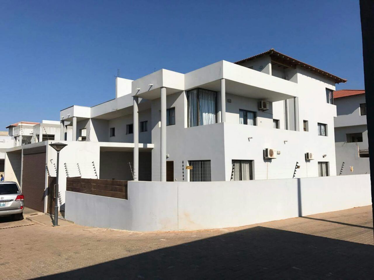 4 Bedroom House For Rent Situated In The Suburb Of Sommerschield 2