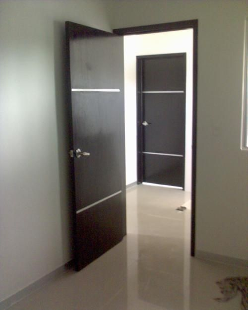 Puertas madera minimalistas inspiraci n de dise o de - Puertas de madera de interior ...