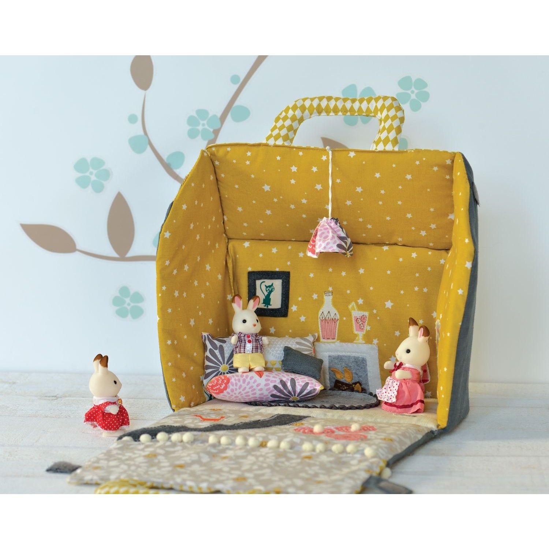 patron petite maison portative patrons d co patrons. Black Bedroom Furniture Sets. Home Design Ideas