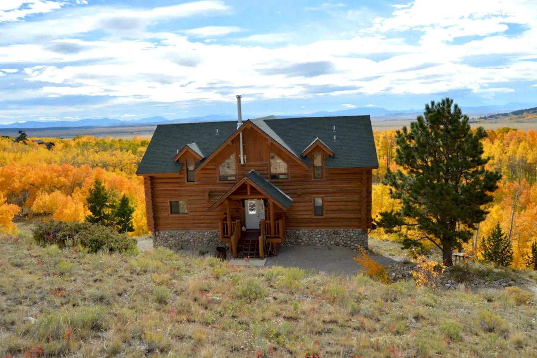 Beautiful Grand Log Cabin Rental For 16 With Private Hot Tub Near Denver Colorado Log Cabin Rentals Cabin Rentals Cabin