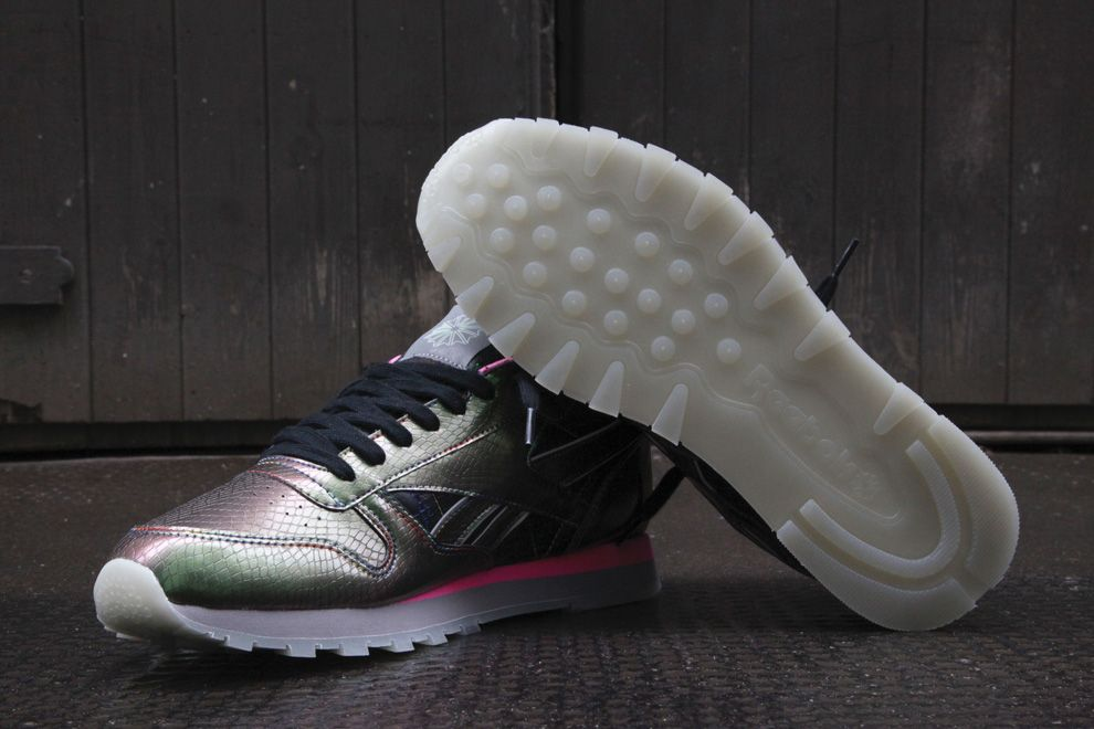 2cd2703f63b Limited Edt by JAM x Reebok Classic Leather (30th Anniversary Series ...