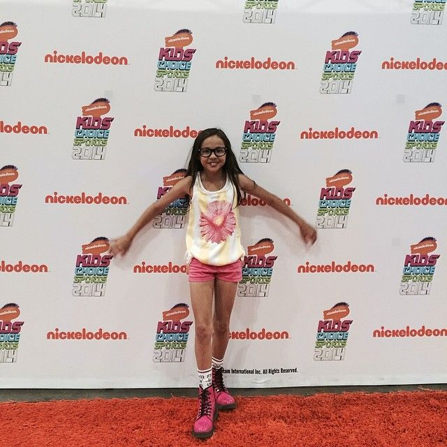 Breanna yde looking great in monnalisa at her meet greet breanna yde looking great in monnalisa at her meet greet thecheapjerseys Images